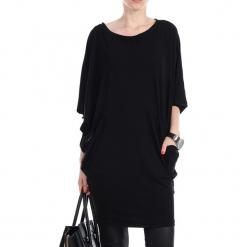 Sukienka w kolorze czarnym. Czarne sukienki marki YULIYA BABICH, xs, z okrągłym kołnierzem, midi, proste. W wyprzedaży za 139,95 zł.