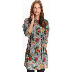 Sukienki: SUKIENKA DAMSKA W KRATĘ Z KWIATOWYM NADRUKIEM, Z OZDOBNYM WIĄZANIEM W PASIE