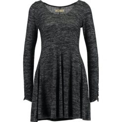 Sukienki dzianinowe: Hollister Co. SPLIT SHOULDER COZY  Sukienka dzianinowa black