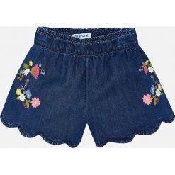 Mayoral - Szorty dziecięce 98-134 cm. Różowe szorty jeansowe damskie marki Mayoral, z okrągłym kołnierzem. Za 109,90 zł.
