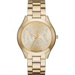 """Zegarek kwarcowy """"Slim Runway"""" w kolorze złotym. Żółte, analogowe zegarki damskie marki Michael Kors, ze stali. W wyprzedaży za 560,95 zł."""