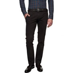 Spodnie foners 214 brąz. Brązowe chinosy męskie Recman, z aplikacjami, z bawełny. Za 69,99 zł.