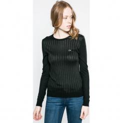 Lacoste - Sweter. Czarne swetry klasyczne damskie Lacoste, z dzianiny, z okrągłym kołnierzem. W wyprzedaży za 339,90 zł.
