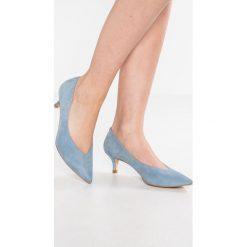 Mint Velvet VICKY Czółenka denim blue. Niebieskie buty ślubne damskie Mint Velvet, z denimu. W wyprzedaży za 434,25 zł.