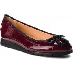Baleriny UNISA - Alcot F18 Pcr Garnet Patent C. Czerwone baleriny damskie lakierowane marki Unisa, z lakierowanej skóry. W wyprzedaży za 269,00 zł.