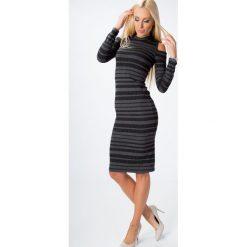 Sukienka z odkrytymi ramionami w paski ciemnoszara 65141. Niebieskie sukienki z falbanami marki Reserved, z odkrytymi ramionami. Za 59,00 zł.