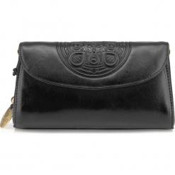 Torebka damska 04-4-068-1. Czarne torebki klasyczne damskie Wittchen, w paski. Za 559,00 zł.