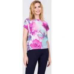 Bluzki damskie: Szara bluzka w pastelowy wzór QUIOSQUE