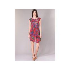 Sukienki krótkie Desigual  SAMARA. Czerwone sukienki mini Desigual, z krótkim rękawem. Za 307,30 zł.