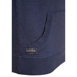 Kaporal ROWOK Bluza z kapturem blueus. Niebieskie bluzy chłopięce rozpinane Kaporal, z bawełny, z kapturem. W wyprzedaży za 170,10 zł.