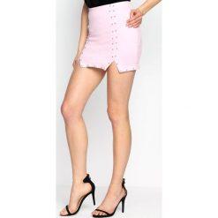 Różowa Spódnica Summer's Heat. Czerwone minispódniczki marki Born2be, l, z podwyższonym stanem, dopasowane. Za 69,99 zł.