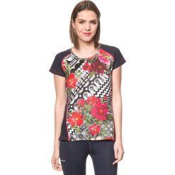 Koszulka w kolorze granatowym ze wzorem. Niebieskie bluzki sportowe damskie Desigual Sport, s. W wyprzedaży za 130,95 zł.