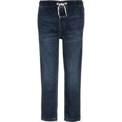 GAP SOFT Jeansy Straight Leg medium wash. Niebieskie jeansy męskie regular GAP, z bawełny. Za 169,00 zł.