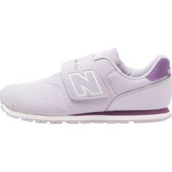New Balance Tenisówki i Trampki purple. Fioletowe trampki chłopięce marki New Balance, z materiału. Za 229,00 zł.