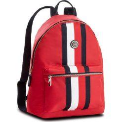 Plecak TOMMY HILFIGER - Poppy Backpack Corp AW0AW05840 902. Czerwone plecaki męskie TOMMY HILFIGER, z materiału, sportowe. Za 449,00 zł.