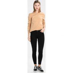 New Look INDIA Jeans Skinny Fit black. Czarne jeansy damskie marki New Look, z materiału, na obcasie. Za 129,00 zł.
