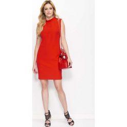 Sukienki: Czerwona Klasyczna Sukienka z Wycięciem na Plecach