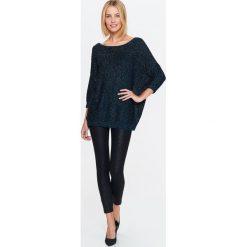 Swetry klasyczne damskie: SWETER DAMSKI BŁYSZCZĄCY O LUŹNYM KROJU