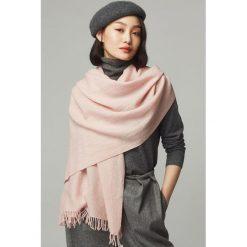 Szaliki damskie: Szal w kolorze różowym - (D)192 x (S)70 cm