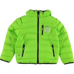 Kurtka zimowa w kolorze jaskrawozielonym. Zielone kurtki chłopięce zimowe marki Peak Mountain. W wyprzedaży za 172,95 zł.