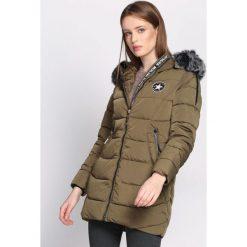 Ciemnozielona Kurtka I Know You. Szare kurtki damskie Born2be, na zimę, l, z aplikacjami, z dresówki. Za 189,99 zł.