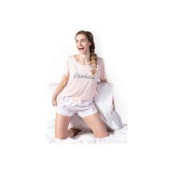 Piżamy damskie: Piżama damska we wzory