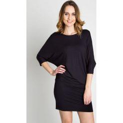 Sukienki hiszpanki: Czarna sukienka nietoperz BIALCON