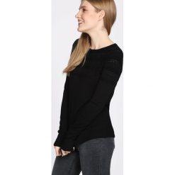 Czarny Sweter Last Piece. Czarne swetry klasyczne damskie marki Born2be, na jesień, l. Za 44,99 zł.