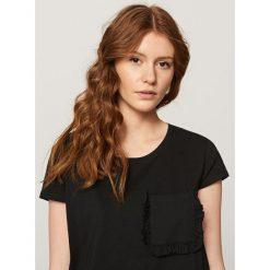 T-shirt z krótkimi rękawami - Czarny. Czarne t-shirty damskie marki Reserved, l. Za 29,99 zł.
