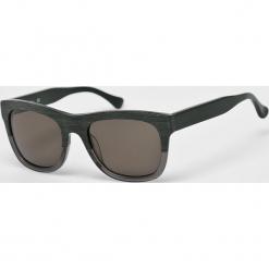 Calvin Klein - Okulary CK4312S.081. Brązowe okulary przeciwsłoneczne męskie wayfarery Calvin Klein, z materiału, prostokątne. Za 579,90 zł.