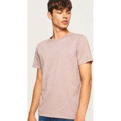 T-shirt z mikroprintem - Różowy. Fioletowe t-shirty męskie marki KIPSTA, m, z elastanu, z długim rękawem, na fitness i siłownię. Za 29,99 zł.