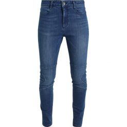 More & More Jeansy Slim Fit mid blue denim. Niebieskie rurki damskie More & More. Za 359,00 zł.