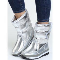 Srebrne Śniegowce Coldly. Szare buty zimowe damskie Born2be. Za 64,99 zł.