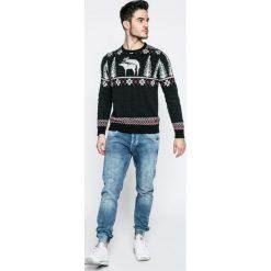 Pepe Jeans - Jeansy Gunnel. Niebieskie jeansy męskie z dziurami Pepe Jeans. W wyprzedaży za 269,90 zł.