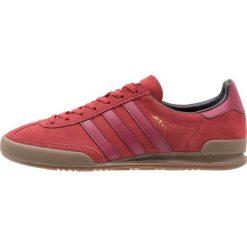 Adidas Originals JEANS Tenisówki i Trampki mystery red/collegiate burgundy. Czerwone tenisówki damskie adidas Originals, z jeansu. W wyprzedaży za 265,85 zł.