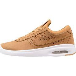 Nike SB BRUIN MAX VAPOR PRM GS Tenisówki i Trampki wheat/baroque brown/light brown. Brązowe trampki dziewczęce Nike SB, z materiału. W wyprzedaży za 287,20 zł.