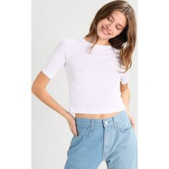T-shirty damskie: Levi's® Line 8 L8 CROPPED TEE Tshirt z nadrukiem bright white