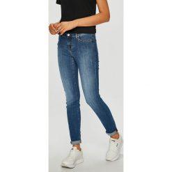 Mustang - Jeansy Jasmin. Niebieskie jeansy damskie rurki marki House, z jeansu. Za 339,90 zł.