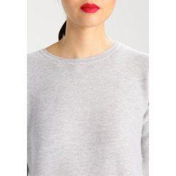 Swetry klasyczne damskie: White Stuff CROSSROADS  Sweter grey & white