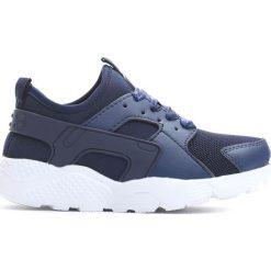 Granatowe Buty Sportowe Asap. Niebieskie buty sportowe dziewczęce marki Born2be, na lato, z materiału, z okrągłym noskiem. Za 19,99 zł.