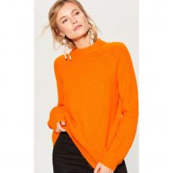 Sweter z wełną - Pomarańczo. Szare swetry klasyczne damskie Mohito, l, z wełny. Za 149,99 zł.