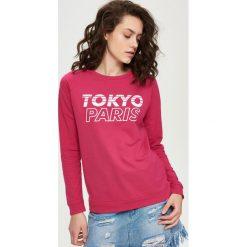 Bluzy damskie: Bluza z napisami – Różowy