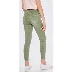 Answear - Jeansy. Białe jeansy damskie rurki marki ANSWEAR, z bawełny. W wyprzedaży za 79,90 zł.