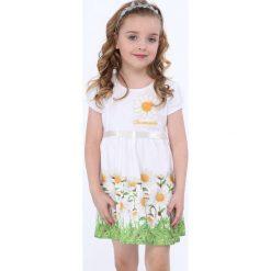 Sukienka w kwiatki biała NDZ8162. Białe sukienki dziewczęce w kwiaty marki Fasardi. Za 59,00 zł.