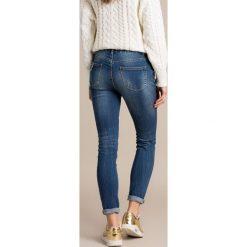 Missguided - Jeansy. Niebieskie jeansy damskie rurki marki Missguided. W wyprzedaży za 79,90 zł.
