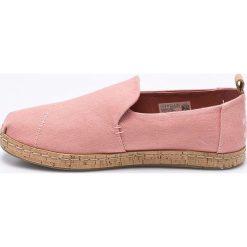 Toms - Espadryle. Różowe tomsy damskie marki Toms, z gumy. W wyprzedaży za 179,90 zł.