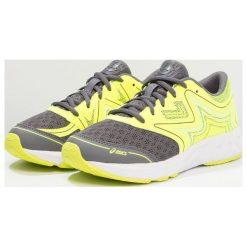 ASICS NOOSA Obuwie do biegania treningowe carbon/safety yellow/mid grey. Żółte buty sportowe chłopięce marki NEWFEEL, z gumy. Za 289,00 zł.