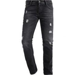 Le Temps Des Cerises Jeansy Slim Fit black. Czarne jeansy męskie Le Temps Des Cerises. W wyprzedaży za 375,20 zł.