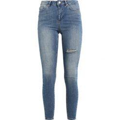 Miss Selfridge LIZZIE Jeans Skinny Fit mid denim. Niebieskie rurki damskie Miss Selfridge. Za 209,00 zł.