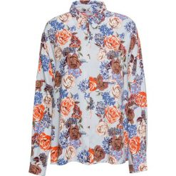 Must have: bluzka koszulowa z nadrukiem bonprix jasnoniebieski w kwiaty. Niebieskie bluzki koszulowe marki bonprix, w kwiaty. Za 49,99 zł.